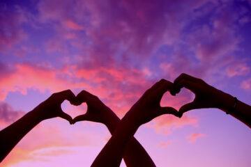 מדיטציית חיבור לאנרגיית הלב ויצירת הרמוניה בין הלב לשכל